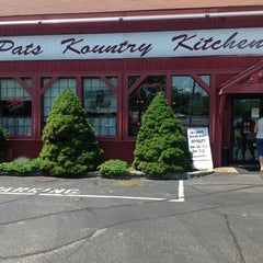 Photo taken at Pat's Kountry Kitchen by Mickey H. on 7/14/2012