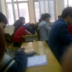 Photo taken at Học viện Công nghệ Bưu chính Viễn thông by Trung P. on 3/3/2012