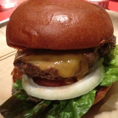 Photo taken at Hopdoddy Burger Bar by kyle k. on 3/14/2012
