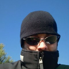 Photo taken at The Oaks Disc Golf Course by Andrew Z. on 11/17/2011