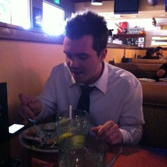 Photo taken at Oggi's Pizza & Brewery by Tia P! on 3/10/2011