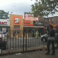 Photo taken at MTA MaBSTOA Bus at Westchester Ave (White Plains Rd / Grant Circle / Parkchester): (Bx4, Bx4A, Bx36, Bx39, Q44, BxM6) by Shelly G. on 10/1/2011