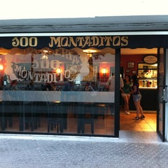 Photo taken at 100 Montaditos by Diego M. on 5/12/2012