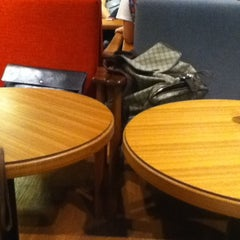 Photo taken at A Twosome Place by Jayoung S. on 8/30/2011