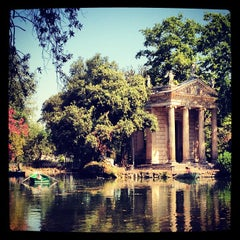 Photo taken at Villa Borghese by Anderson S. on 7/10/2012