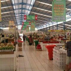 Photo taken at Pasar Segar by Bayu A. on 8/29/2011