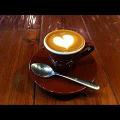 Photo taken at Blue Bottle Coffee by Caroline G. on 2/14/2012