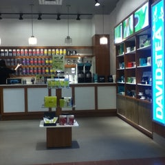 Photo taken at DAVIDsTEA by Jason D. on 3/31/2011
