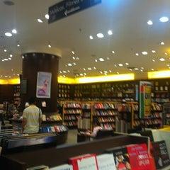 Photo taken at Saraiva MegaStore by Luiz Eduardo N. on 5/26/2012