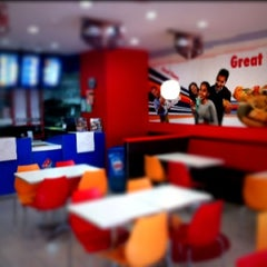 Photo taken at Domino's Pizza by Johan S. on 4/15/2011