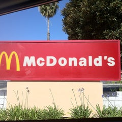 Photo taken at McDonald's by 🔊Stubby N. on 5/15/2012