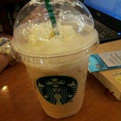 Photo taken at Starbucks (สตาร์บัคส์) by Tae P. on 4/16/2012