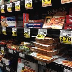 Photo taken at Kroger by Chevon F. on 3/11/2012