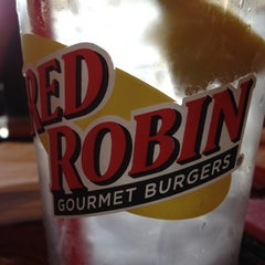 Photo taken at Red Robin Gourmet Burgers by Teresa J. on 5/6/2012