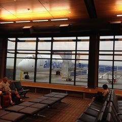 Photo taken at Bellingham International Airport (BLI) by Grant G. on 7/12/2012