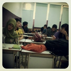 Photo taken at R3B Dipkom Unsri by Kemahyanto S. on 8/7/2012