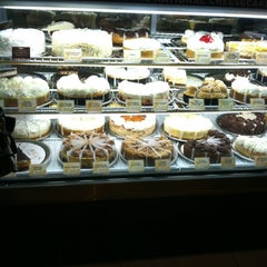 Photo taken at The Cheesecake Factory by Gray M. on 7/6/2012