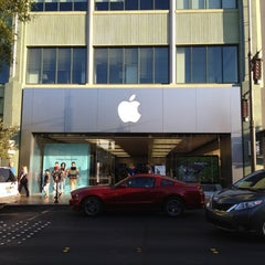 Photo taken at Apple Store, Town Square by B@n Z. on 7/9/2012