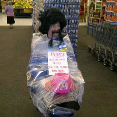 Photo taken at Walmart Supercentre by Tammy W. on 10/5/2011