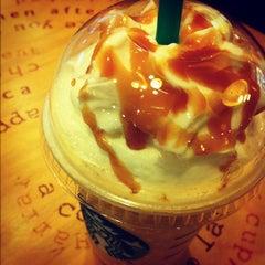 Photo taken at Starbucks (สตาร์บัคส์) by Ton A. on 9/1/2012