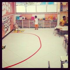 Photo taken at Escola Crescimento by Jefferson N. on 1/30/2012