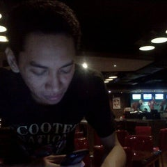 Photo taken at R 1st Sportainment Resto & Lounge Sutos 1s Level by Rizky O. on 3/23/2011