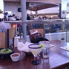 Photo taken at Cantina Laredo by Ricardo G. on 11/27/2011