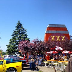 Photo taken at XXX Rootbeer Drive-In by Alex D. on 7/8/2012