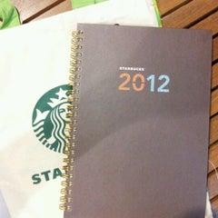 Photo taken at Starbucks (สตาร์บัคส์) by Yai_44 on 11/28/2011