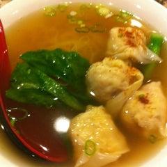 Photo taken at XO Kitchen by T0sh1h1k0 H. on 7/1/2012