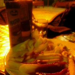 Photo taken at Cerveseria mes parroquia by Cristian L. on 11/27/2011