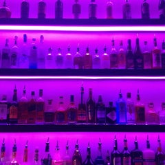 Photo taken at M1 Lounge Bar & Club by Guven K. on 9/12/2012