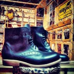 Photo taken at Wayout 'Rock n Roll Wear' Gallery by Klaudia I. on 4/21/2012