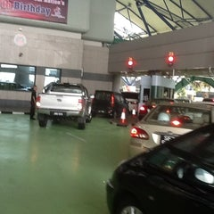 Photo taken at Tuas Checkpoint (Second Link) by Naddya K. on 8/25/2012