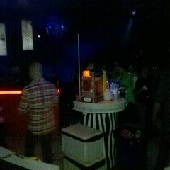 Photo taken at Liquid by Esteban H. on 7/1/2012