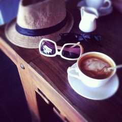 Photo taken at Gallery Cafe by Maria S. on 2/14/2012