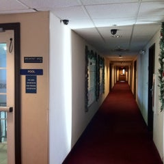 Photo taken at Microtel Inn by Marly on 12/25/2011