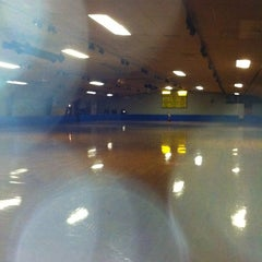 Photo taken at Roller Motion by paul g. on 8/24/2011