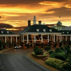 Photo taken at Gaylord Opryland Resort and Convention Center by Laine G. on 8/24/2012