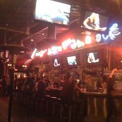 Photo taken at The Slidebar Rock-N-Roll Kitchen by Lisa K. on 9/19/2011