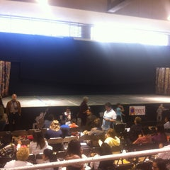 Photo taken at Escuela Sierra Nevada by Claudio F. on 3/24/2012