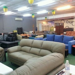 Photo taken at F3 Furniture by Luther E. on 6/18/2012