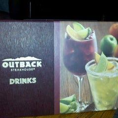 Photo taken at Outback Steakhouse by Derrick H. on 7/13/2012