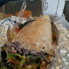 Photo taken at Chipotle Mexican Grill by Ava G. on 10/26/2011