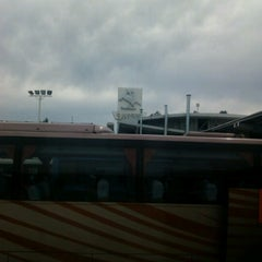 Photo taken at Terminal de Buses O'Higgins by Wladimir A. on 8/13/2012