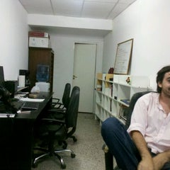 Foto tomada en guionmedio HQ por Nicolás B. el 11/25/2011