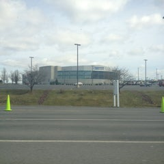Photo taken at Mohegan Sun Arena at Casey Plaza by Danyelle H. on 3/10/2012