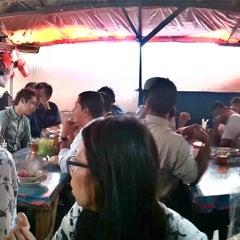 Photo taken at Tongseng Gulai by Rudolf H. on 2/28/2012