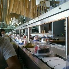 Photo taken at Moshi Moshi by Yuritzia S. on 5/6/2012