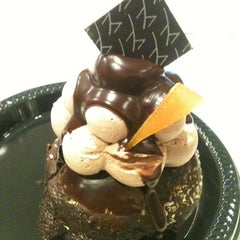 Photo taken at Baby Cakes Artisan Bakery by Cyrillynn C. on 8/5/2012